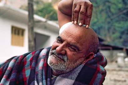 Open Crown Chakra: Maharaji Neem Karoli Baba