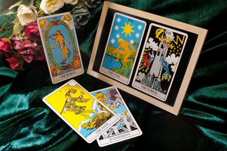 Tarot Cards Psychic Reading